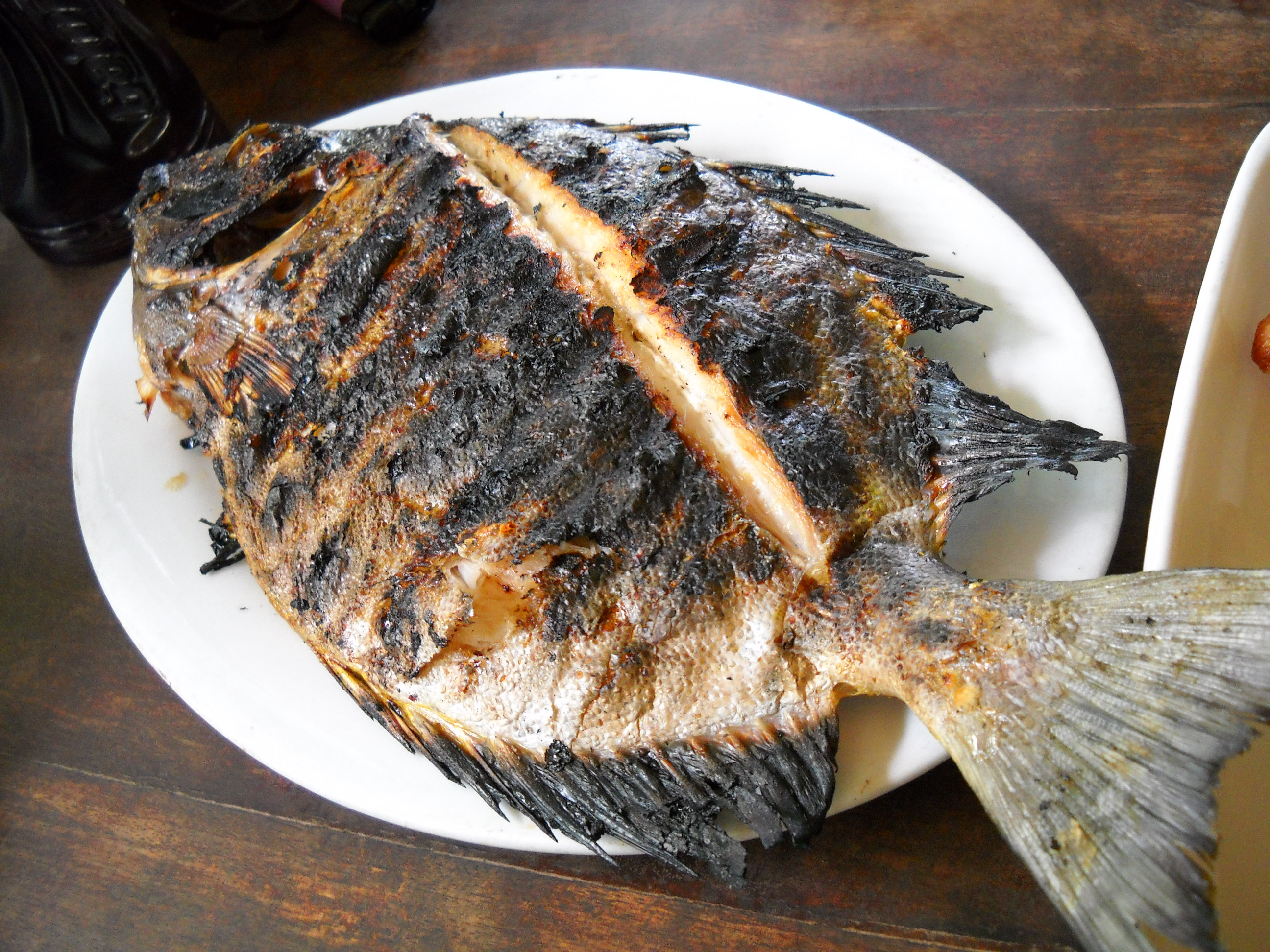 how to serve whole fish